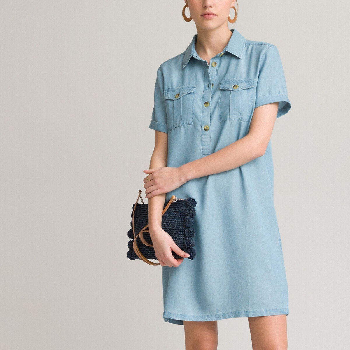 Κοντομάνικο φόρεμα από lyocell σε ίσια γραμμή