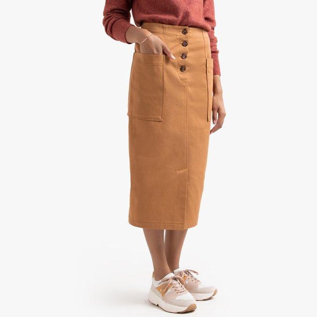 Μακριά βαμβακερή φούστα σε ίσια γραμμή