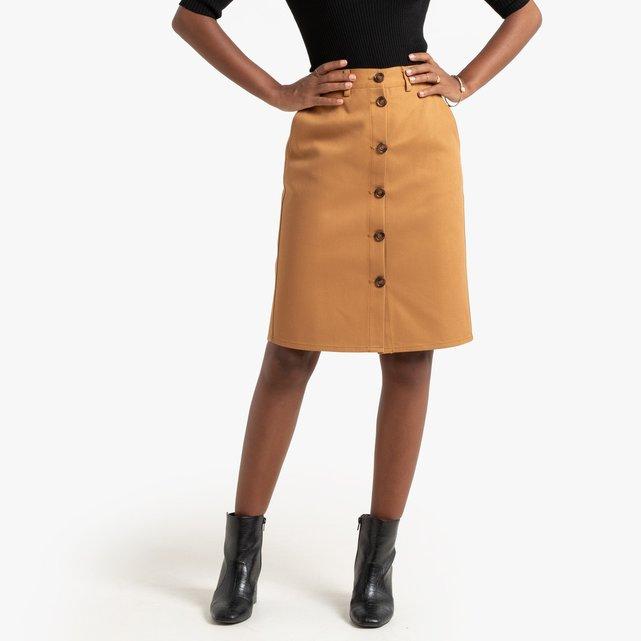 Κοντή φούστα σε ίσια γραμμή