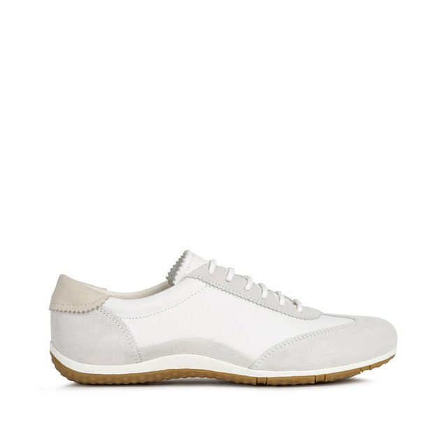 Δερμάτινα αθλητικά παπούτσια, Vega