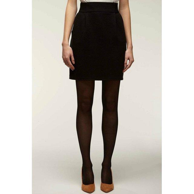 Κοντή φούστα με λάστιχο στη μέση