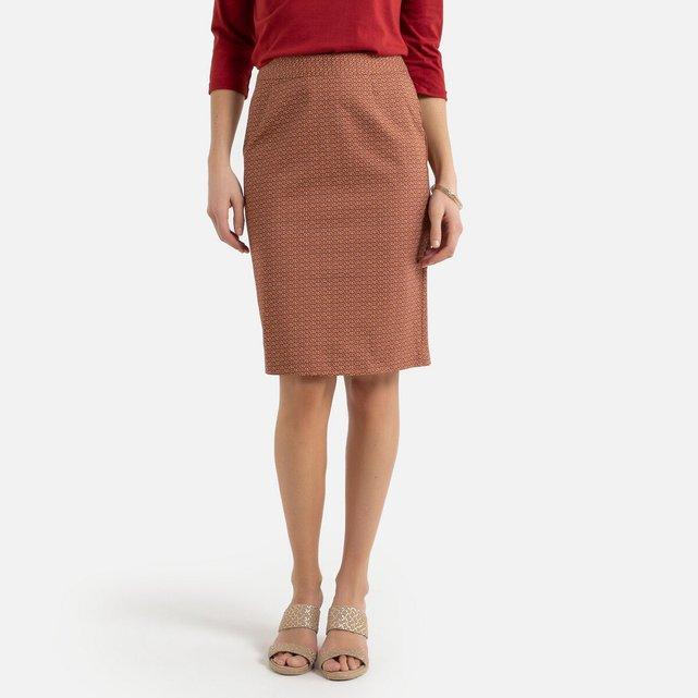 Eμπριμέ φούστα με γεωμετρικό μοτίβο σε ίσια γραμμή