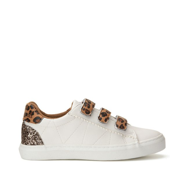 Vic Trainers with Touch 'n' Close Fastening