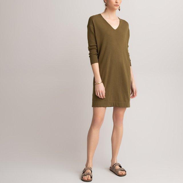 Κοντό πλεκτό φόρεμα με V