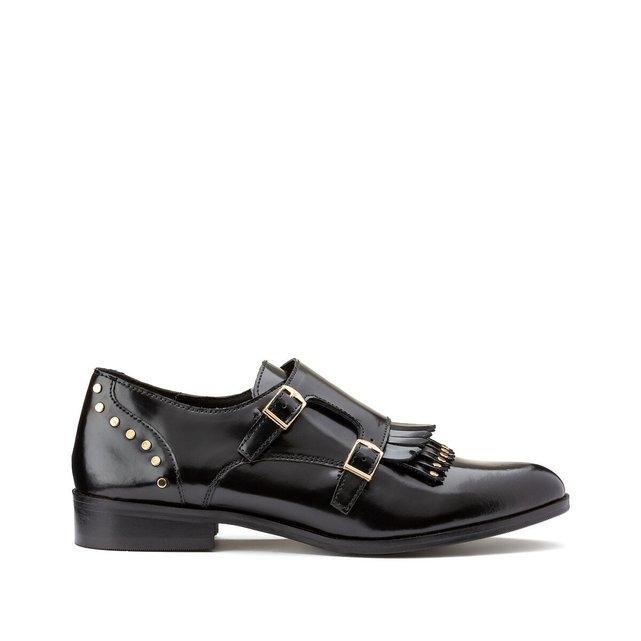 Δερμάτινα δετά παπούτσια με κρόσσια και τρουκ