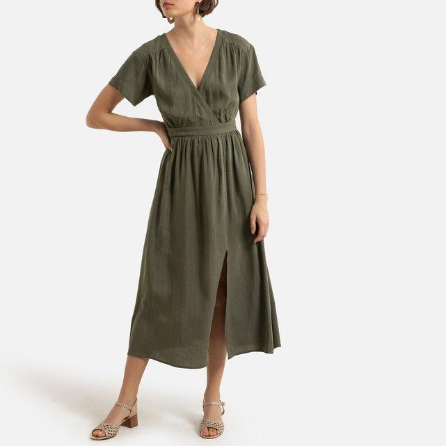 Κοντομάνικο μίντι φόρεμα με V