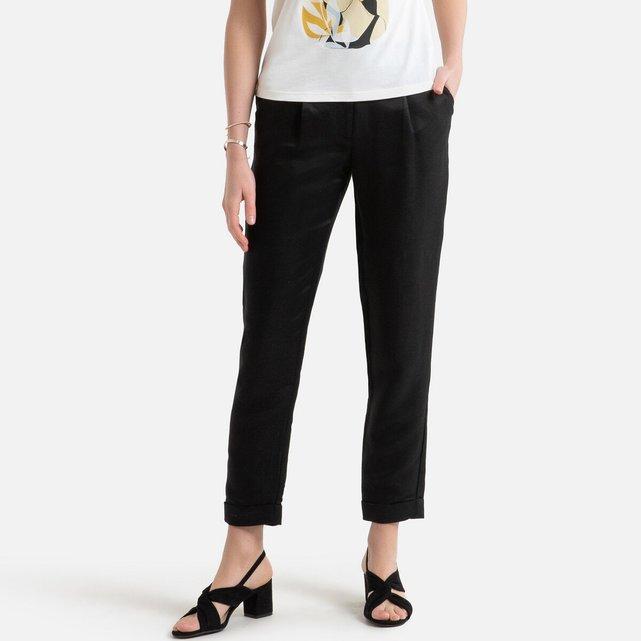 Παντελόνι σε γραμμή σωλήνα με λινό στη σύνθεση
