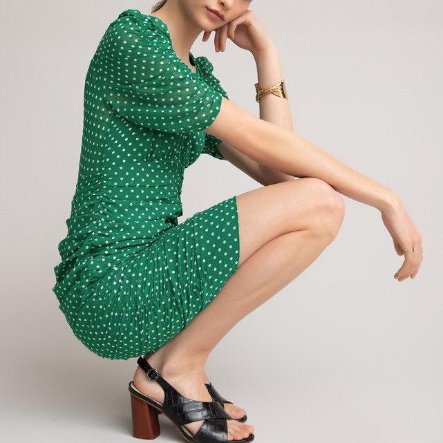 Κοντομάνικο φόρεμα με V και πουά μοτίβο