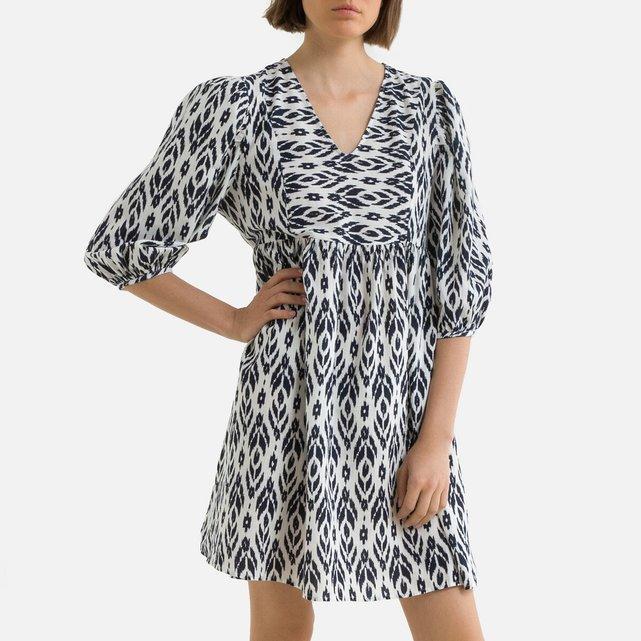 Κοντό εβαζέ φόρεμα με V και εμπριμέ μοτίβο