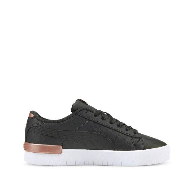 Αθλητικά παπούτσια, Jada
