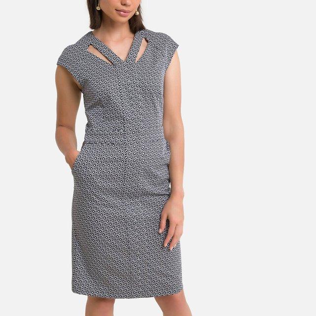 Eμπριμέ μίντι φόρεμα με γεωμετρικό μοτίβο σε ίσια γραμμή