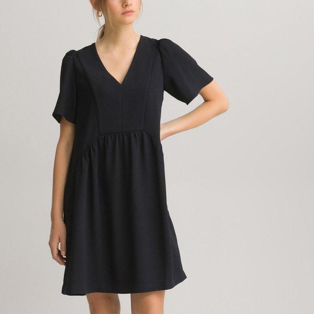 Κοντομάνικο εβαζέ φόρεμα με V λαιμόκοψη