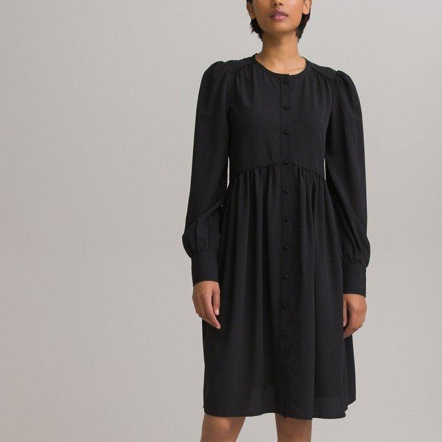 Κοντό μακρυμάνικο φόρεμα σε εβαζέ γραμμή