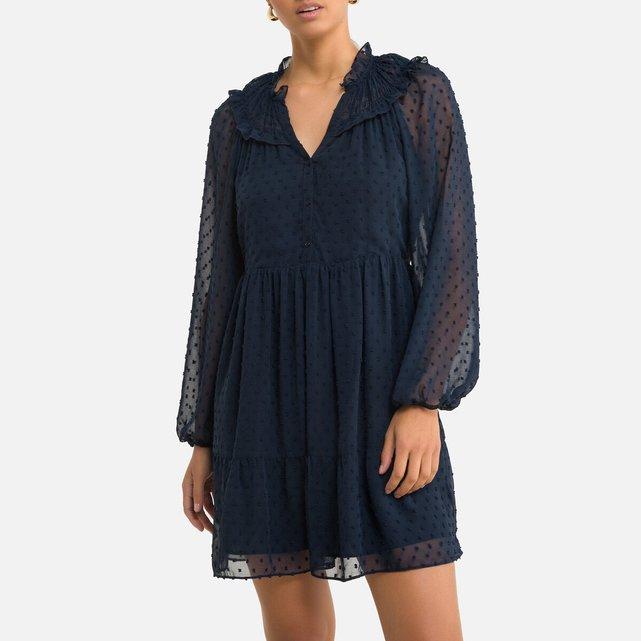 Κοντό φόρεμα με V και ανάγλυφα πουά