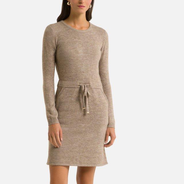 Φόρεμα με πλεκτή ύφανση σε ίσια γραμμή