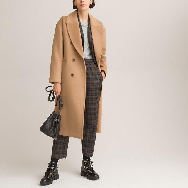 Μακρύ παλτό με κουμπιά από μάλλινη τσόχα