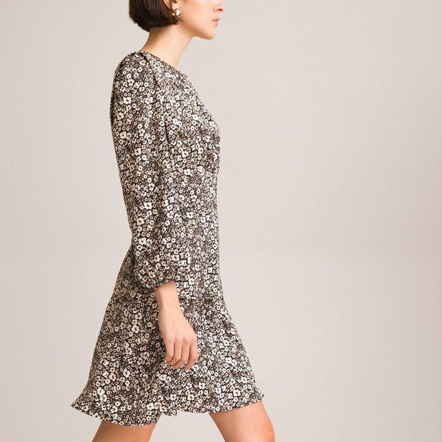 Κοντό φλοράλ φόρεμα με βολάν