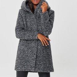 Μπουκλέ παλτό με κουκούλα